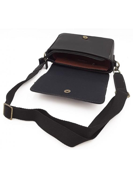 Czarna torebka listonoszka z ćwiekami DAVID JONES