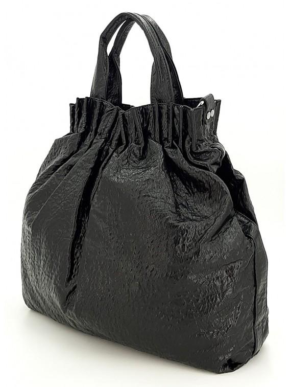 Czarny kreszowany worek damski POTRI